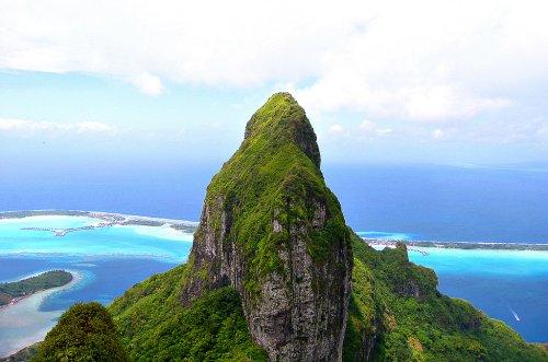 Bora Bora Mount Otemanu